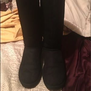 Good condition UGG tall boots